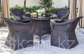 Стол и кресла из искусственного ротанга