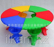 Стол детский пластиковый