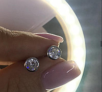 Серьги-гвоздики с цирконом. Серебро 925 проба.