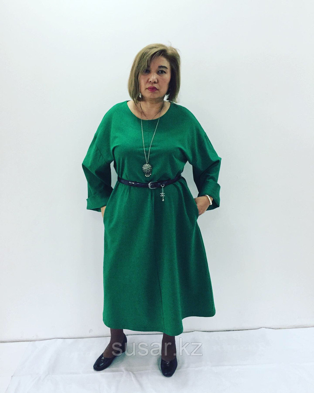 Дизайнерское  зеленое платье