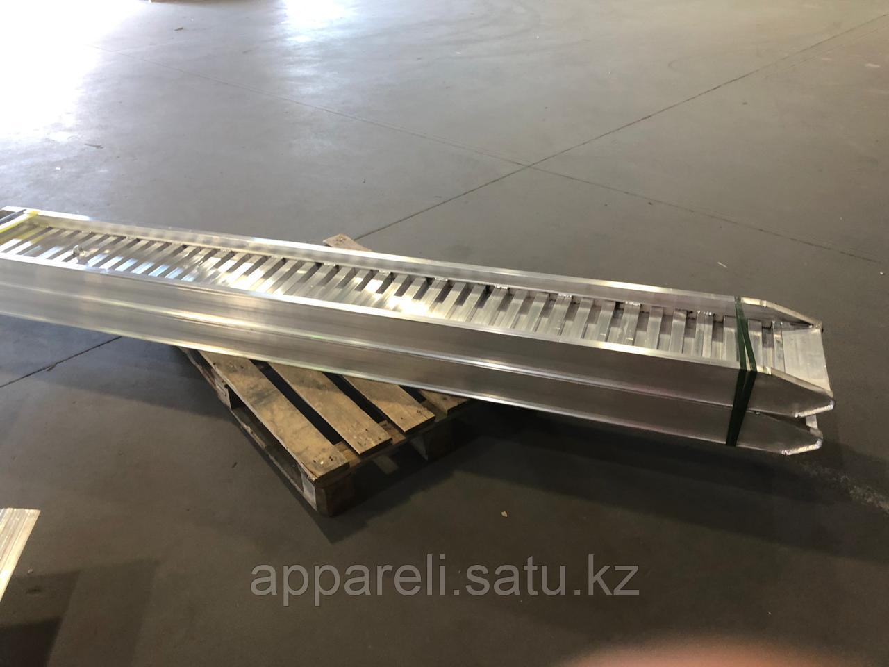 Погрузочные рампы 3,7 т, 3 м от производителя