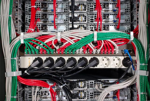 Комплектующие для структурированных кабельных сетей - СКС