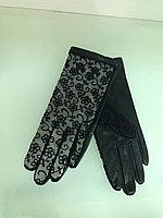 Кожаные перчатки с гипюром