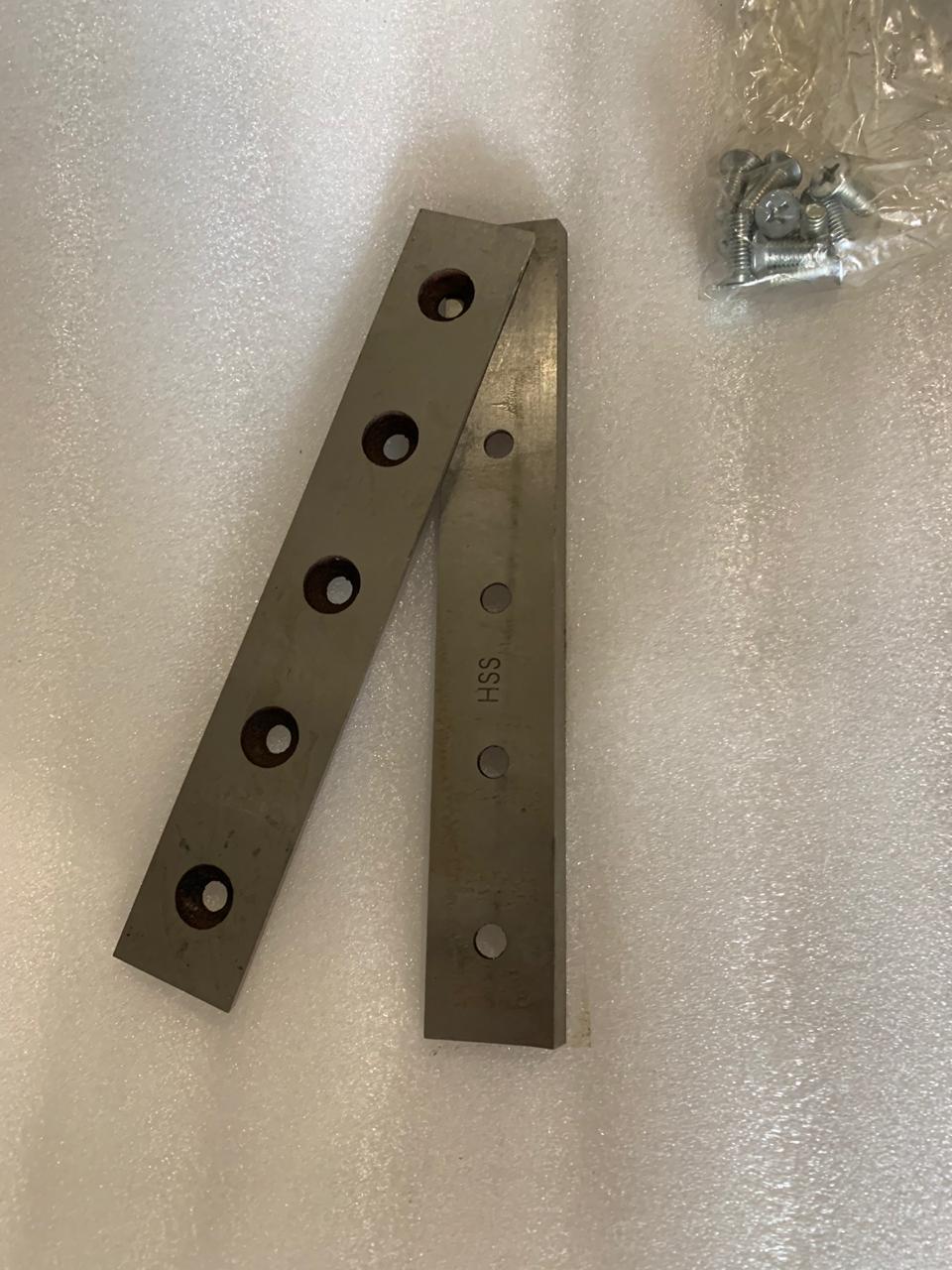 Лезвия-пара с винтами для фаскореза в комплекте