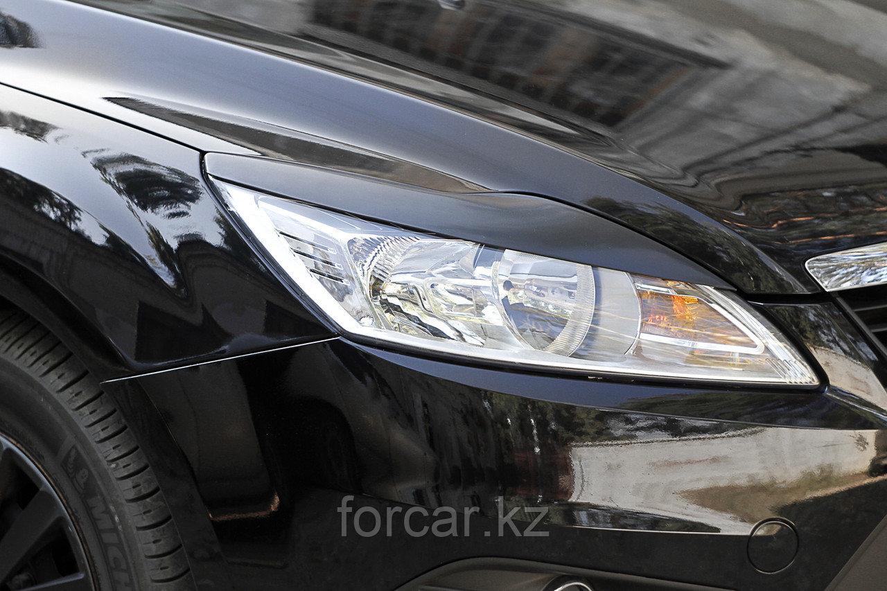 Накладки на передние фары (реснички) Ford Focus II 2008-2010