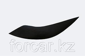 Накладки на передние фары (Реснички) Ford Focus III 2011-2013