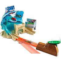 Hot Wheels FNB21 Хот Вилс Сити Игровой набор Схватка с акулой