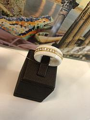 Золотое кольцо/ керамика / размер 17,5