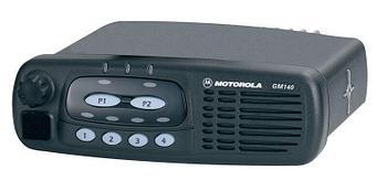 Автомобильная радиостанция Motorola GM140