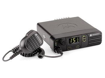 Автомобильная радиостанция Motorola DM3400
