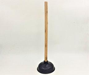 Вантуз с деревянной рукаяткой