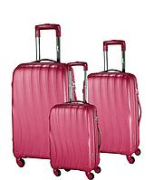 Большой чемодан на колесах
