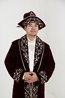 Мужской чапан с колпаком