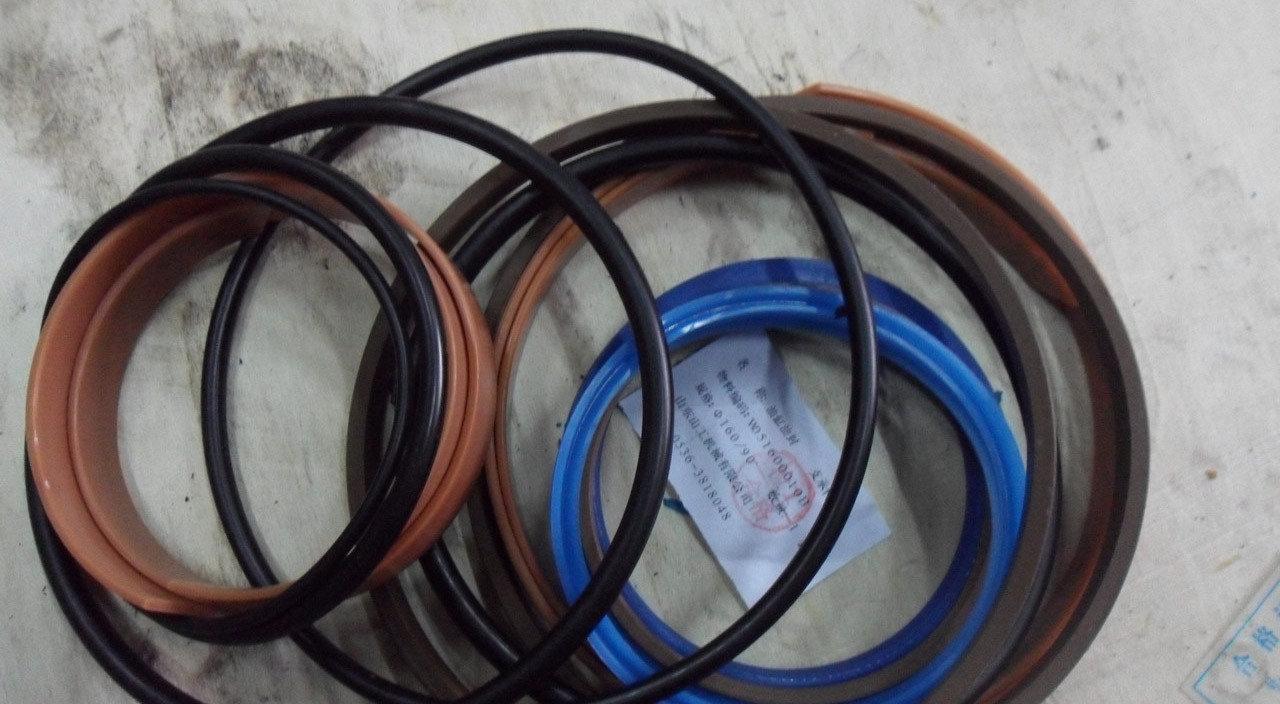 Ремонтный комплект, манжеты гидроцилиндра на погрузчик ZL50G, XCMG, Foton, TOTA ZL30G LW541 XZ636 XZ656 XG955