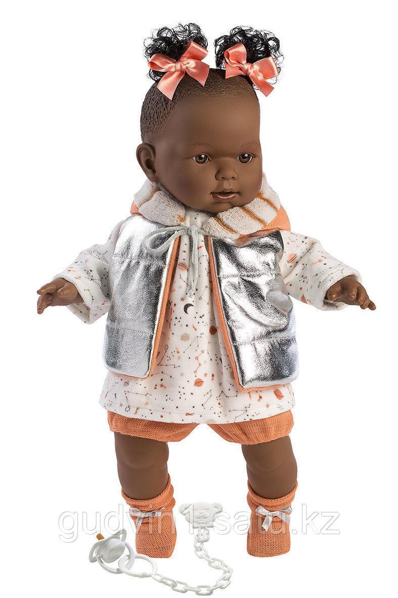 LLORENS: Кукла Николь 42 см, афро в серебристом жилете 1137493