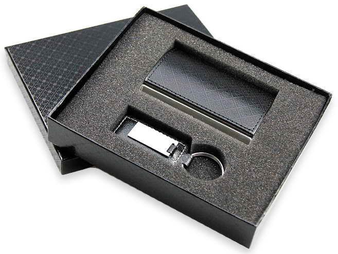 Набор визитница и брелок ( метал/кожа с тиснением казахского орнамента, черного, коричневого цвета)