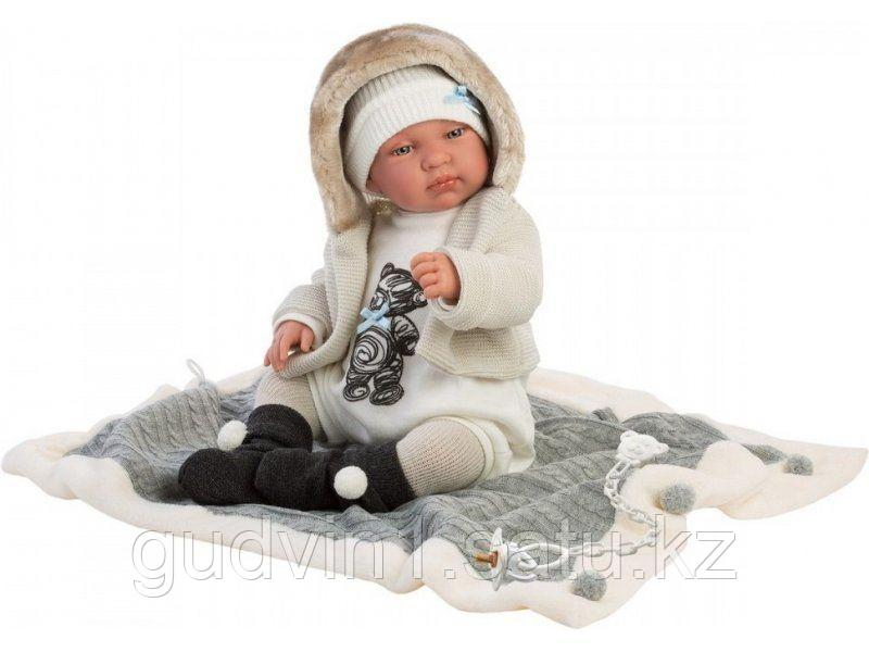 LLORENS: Пупс Малыш 43 см в курточке с мехом, с одеялом 84431