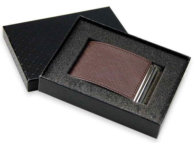 Визитница (94x61x7mm, металлическая с тиснением казахского орнамента, черная, коричневая) - фото 2