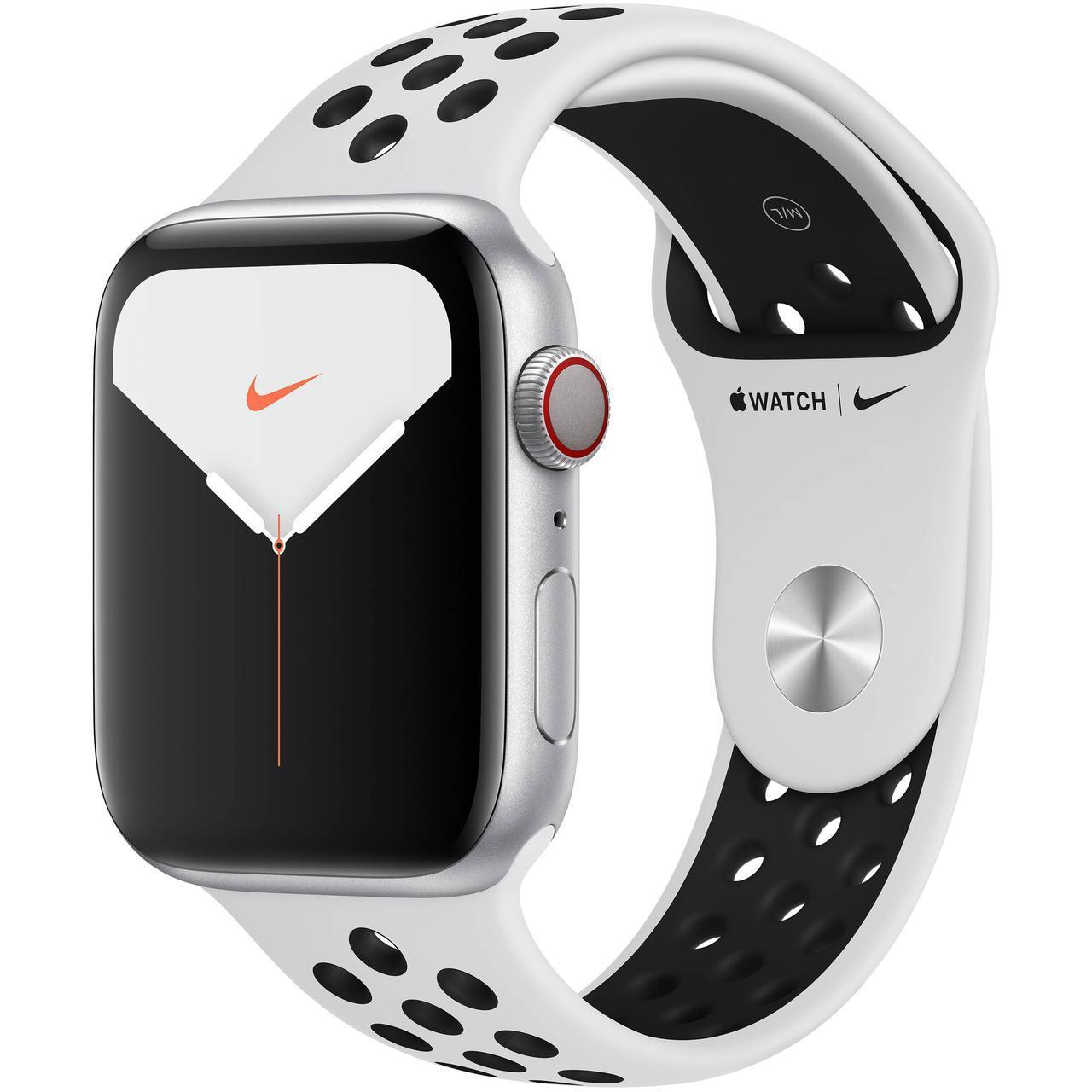 Apple Watch Nike Series 5 44mm Silver Aluminum Case with Nike Sport Band