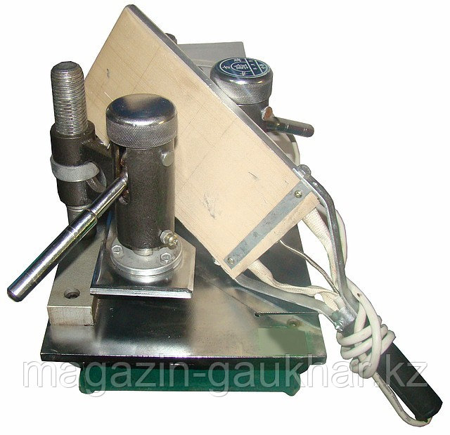 Утюг для пластиковых окон прямой DZL 18-20 (/41-530/570-/30-600)