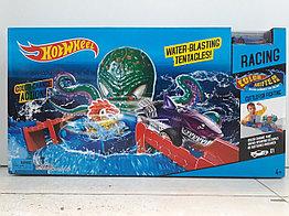 Трек Hot wheels - Water Blasting Tentacles - Атака осьминога. Хот вилс.