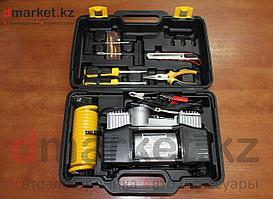Компрессор автомобильный AC-700, 2 поршня, 10 атм., 65 л/мин, инструменты, чемодан