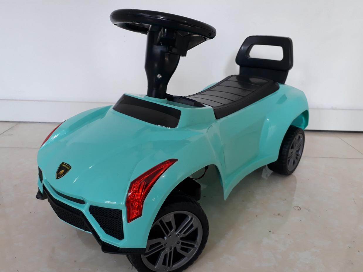 """Крутой толокар """"Lamborghini"""". Оригинал."""