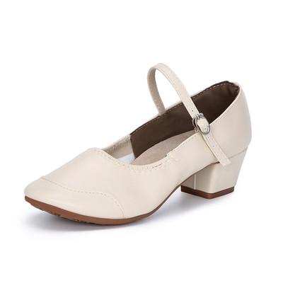 Туфли женские для народных танцев на квадратном каблуке (кожзам). Цвет: бежевый . Размеры: 36-41 - фото 2