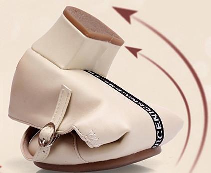 Туфли женские для народных танцев на квадратном каблуке (кожзам). Цвет: бежевый . Размеры: 36-41 - фото 3