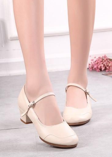 Туфли женские для народных танцев на квадратном каблуке (кожзам). Цвет: бежевый . Размеры: 36-41 - фото 10