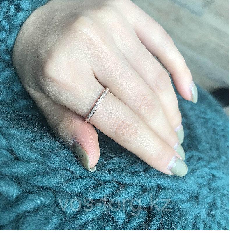 """Кольцо обручальное """"Алмазный песок 2"""" 2 мм - фото 4"""