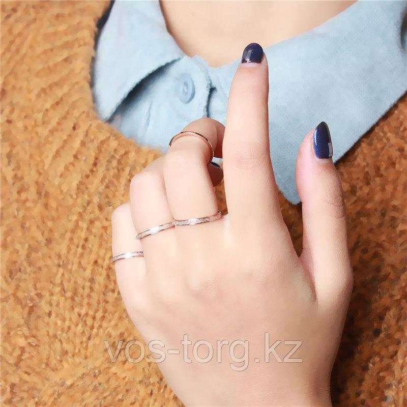 """Кольцо обручальное """"Алмазный песок 2"""" 2 мм - фото 5"""