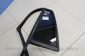 25949487 Стекло двери задней левой для Chevrolet TrailBlazer 1 2001-2009 Б/У