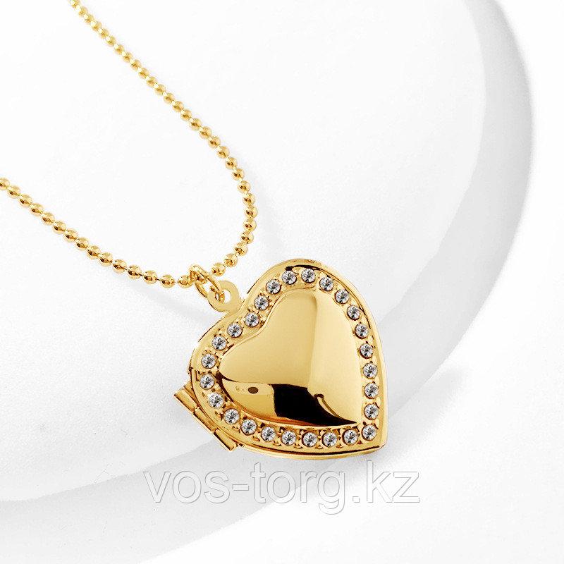 """Медальон на цепочке """"Золотое сердечко"""""""