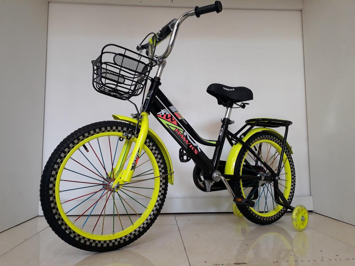 """Детский велосипед Hawks 18"""". С дополнительными колесиками"""