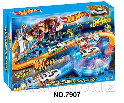 Авто трек Hot Wheels Gorilla Getaway 7907 light changes the color машинка меняет цвет