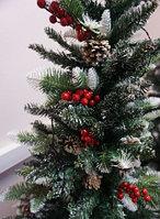 """Искусственная ёлка """"Пихта"""" с ягодами и Живыми шишками 210 см, фото 3"""