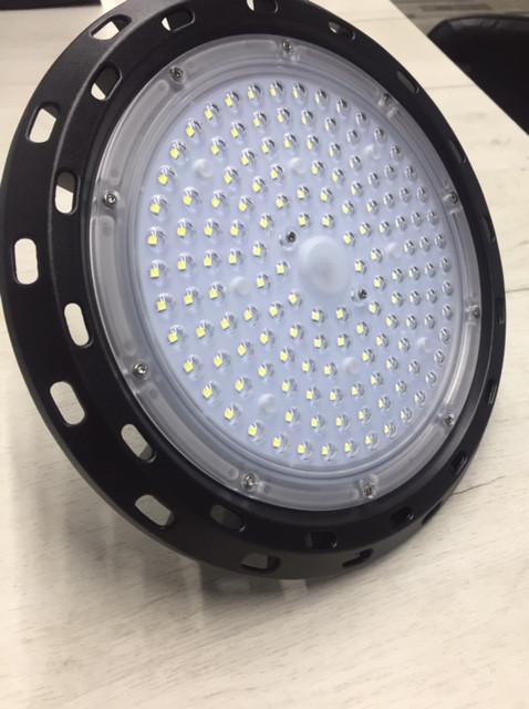 Светильник UFO -100 (6500K)