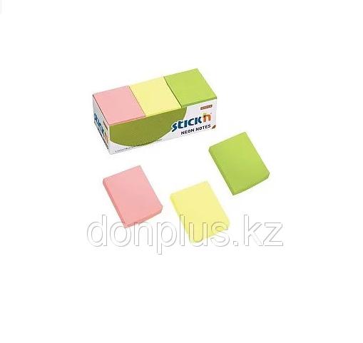 Клейкие листки STICK`N 38 х 51 мм  ассорти, 100 листов