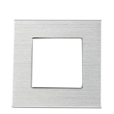 Рамка на один модуль из алюминия. Серебристая