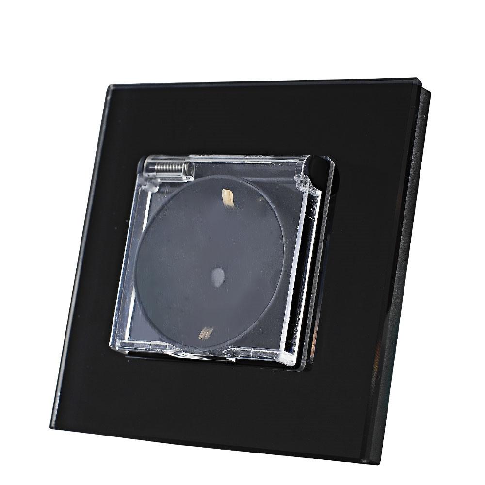 Евророзетка IP44 для ванн со шторками и заземлением. Черный. Стекло