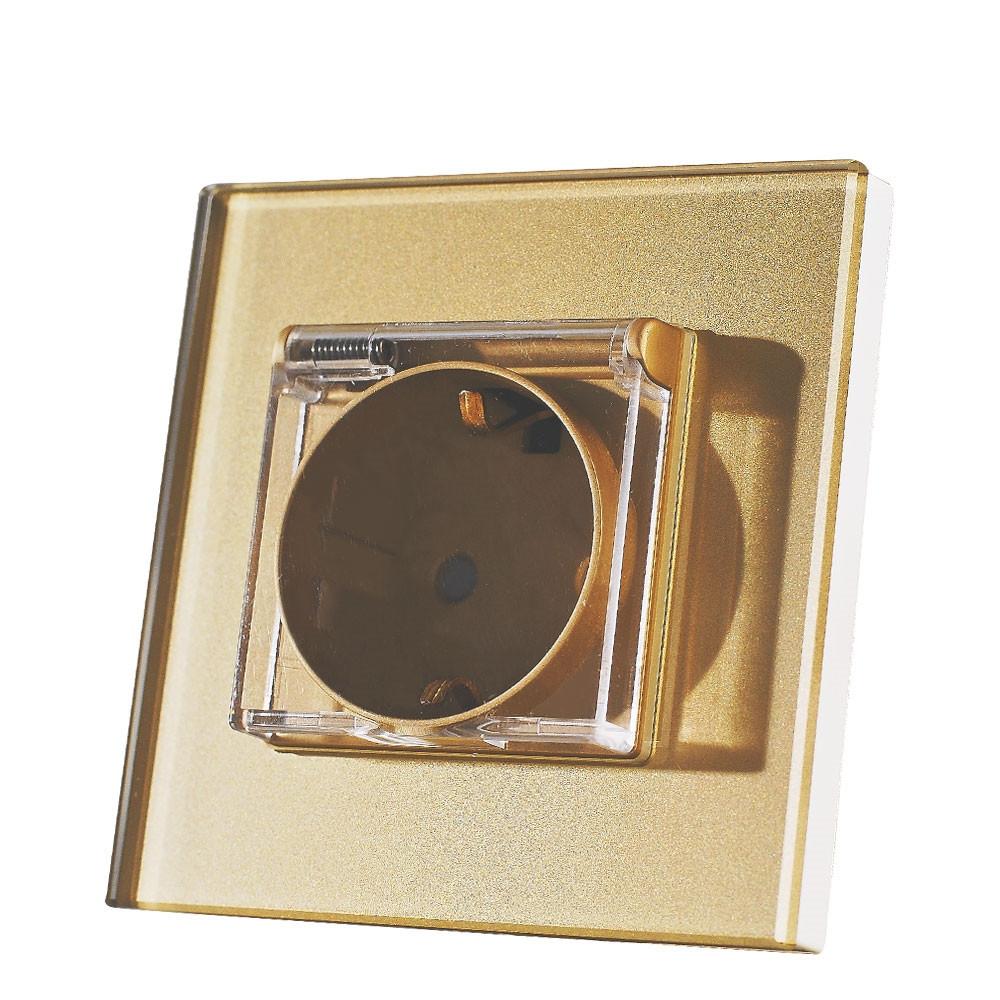 Евророзетка IP44 для ванн со шторками и заземлением. Золотой. Стекло