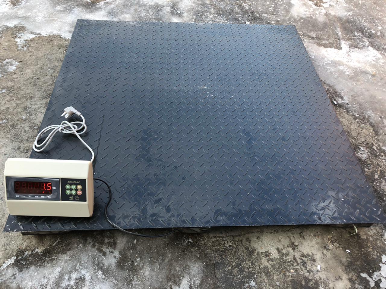 Весы платформенные, промышленные до 3000 кг. Размер 1,2м. на 1,5м.