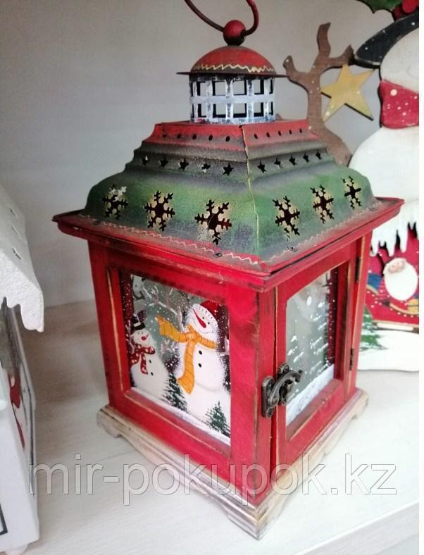 Деревянный  декоративный фонарь со снеговиком 30*20 см