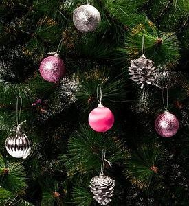 Набор елочных игрушек «Новогоднее изящество» в подарочной упаковке [35 шт] (Розовый и серебряный)