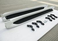 Пороги OEM с подсветкой (белые) Toyota Land Cruiser 200 2015-