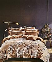 Комплект постельного белья двуспальный цвета нюд с розами