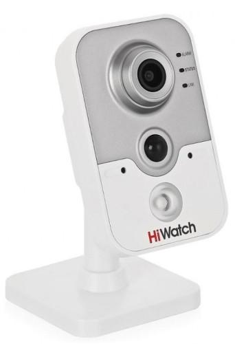 DS-I214 - 2MP Внутренняя кубическая IP-камера с фиксированным объективом, поддержкой аудио, PIR-детекцией движения и ИК-подсветкой.