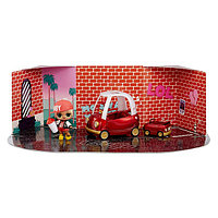 """LOL Surprise Furniture Игровой набор ЛОЛ """"Уютное купе"""" с эксклюзивной куклой MC Swag (10 сюрпризов)"""