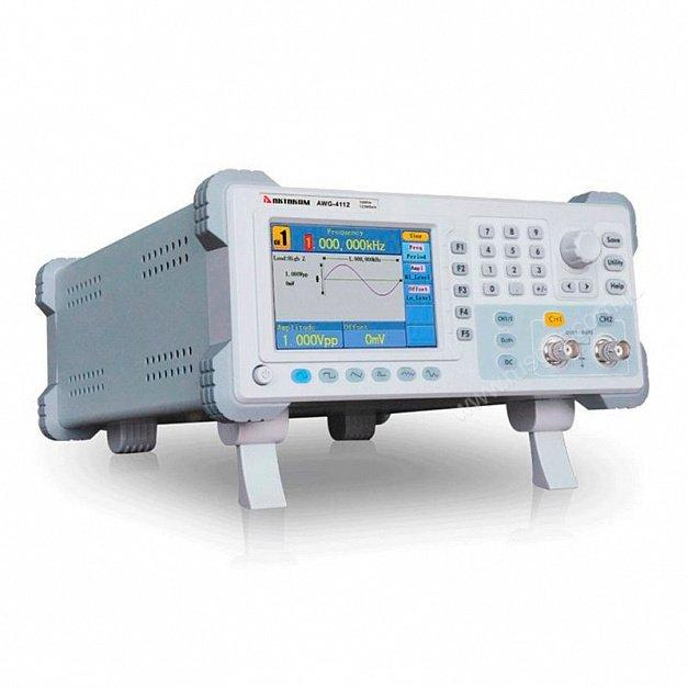 Генератор сигналов специальной формы Актаком AWG-4112